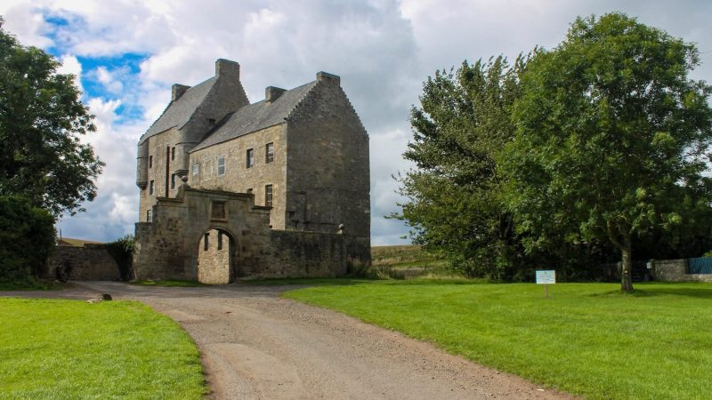 Midhope Castle Lallybroch