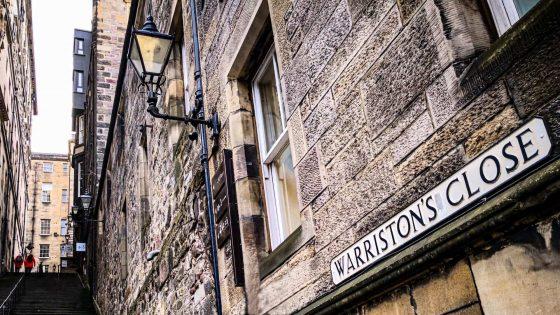 Edimburgo close Royal Mile