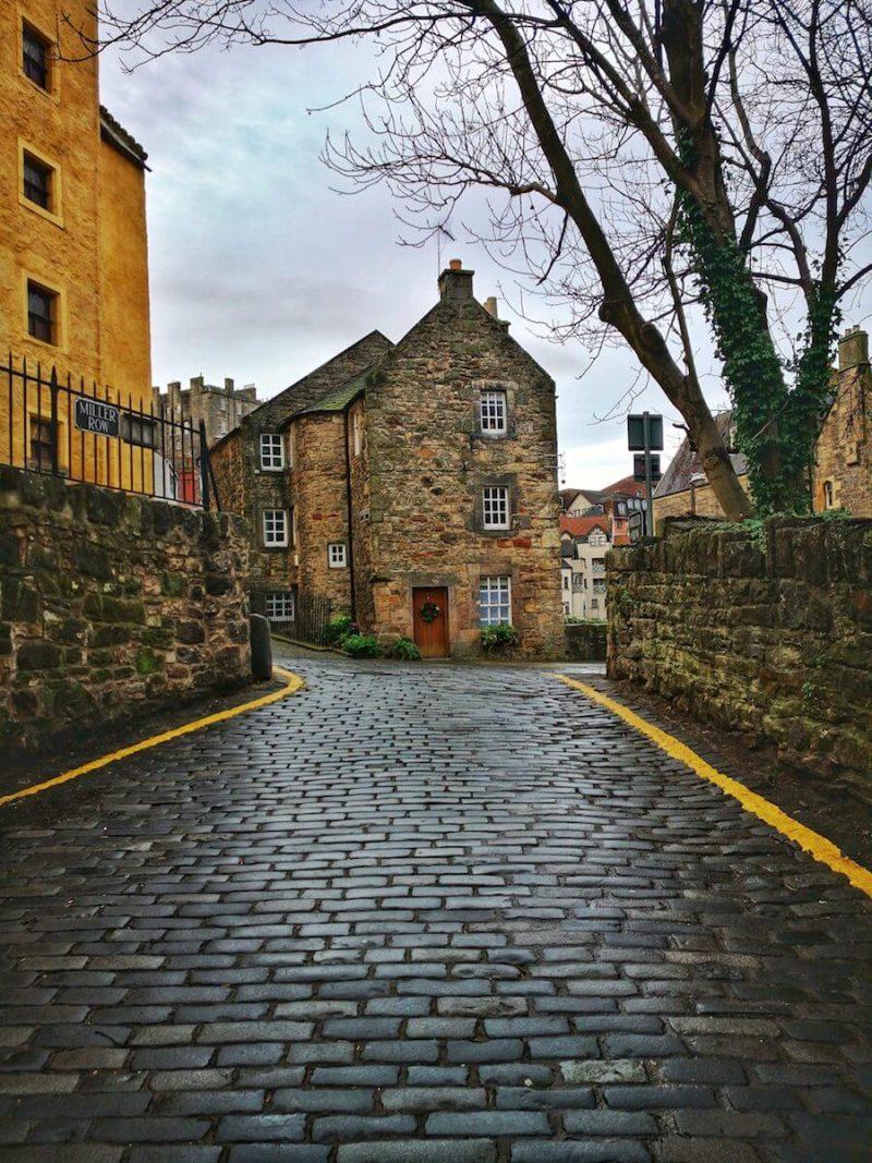 Strada Dean Village