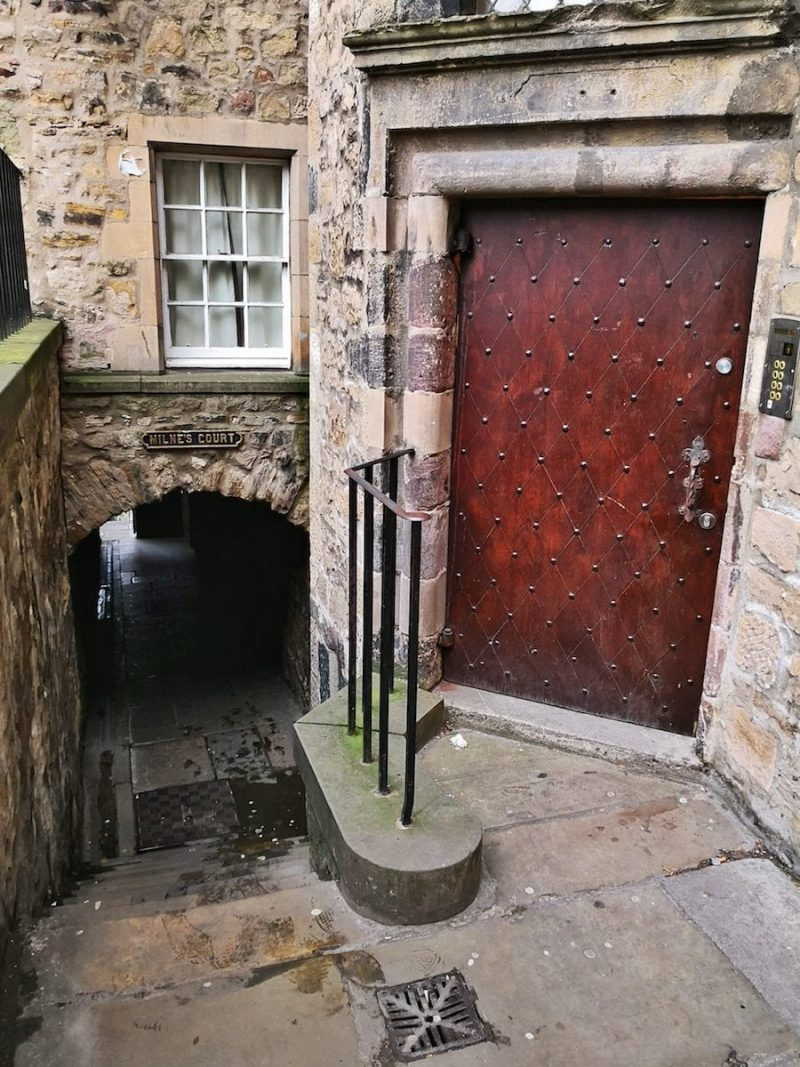Milne's Court Edimburgo