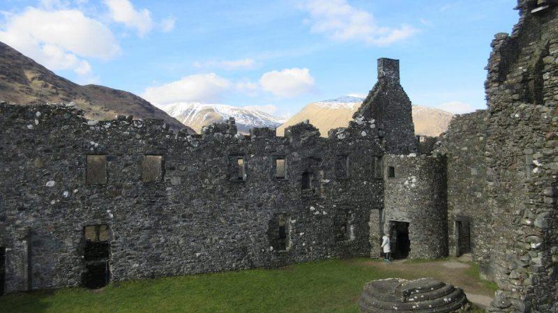 Kilchurn Castle inside