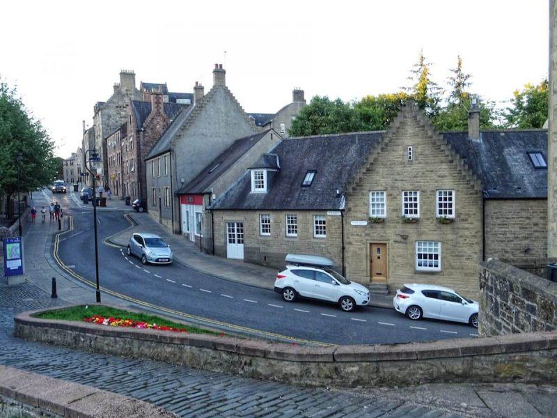 Strirling Street Old Town