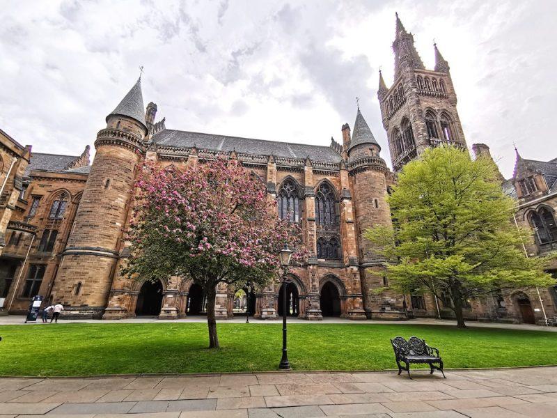 Glasgow University garden
