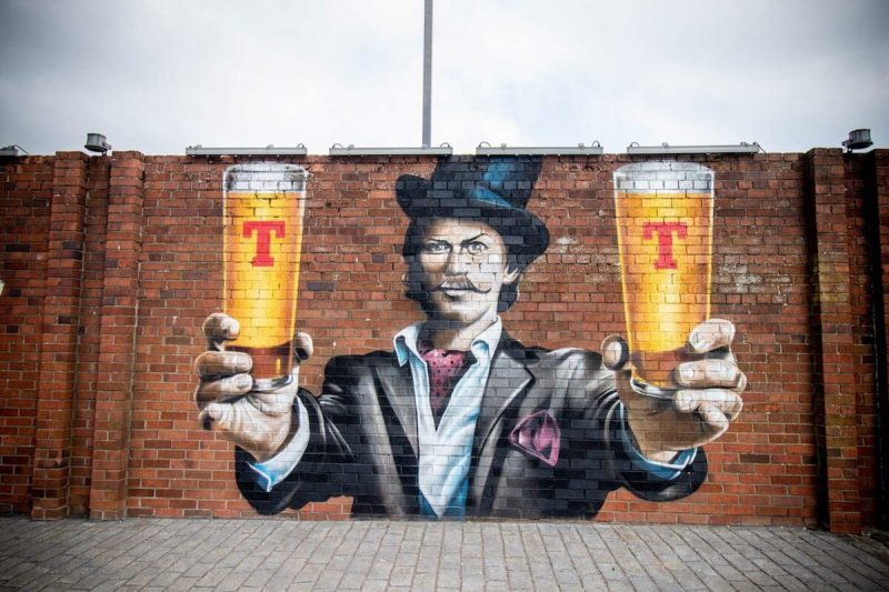 Tennent's Birra Murales