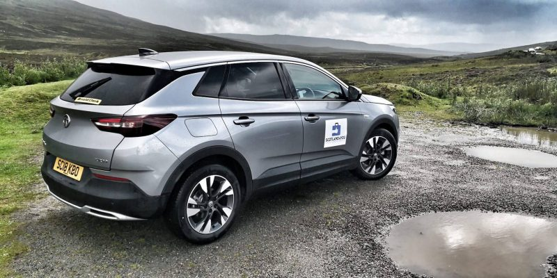 Noleggiare auto in Scozia
