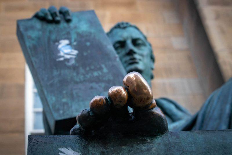 David Hume statua Edimburgo