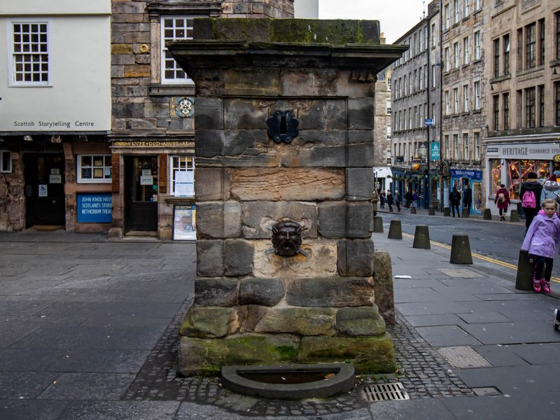 High Street Wellhead Royal Mile