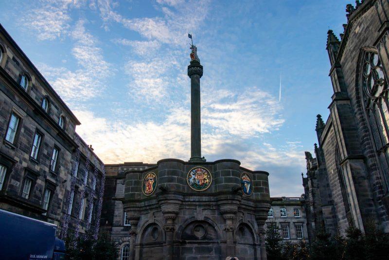 Mercat Cross Edimburgo
