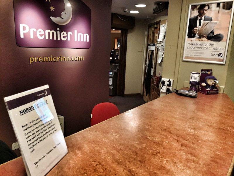 Premier Inn Glasgow Airport interno